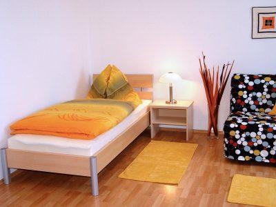 APP10_Bett_Couch